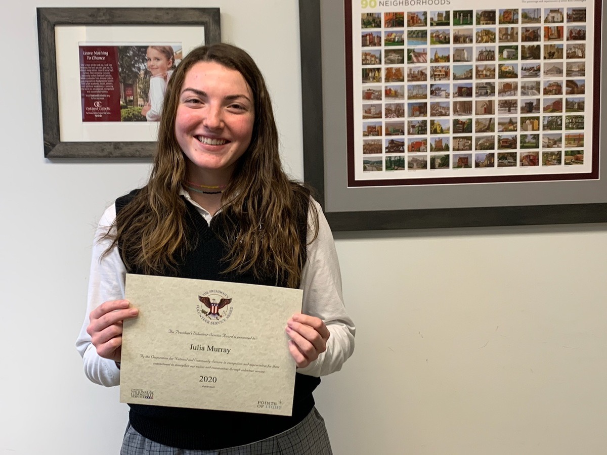 Julia Murray, '20 Receives President's Volunteer Service Award